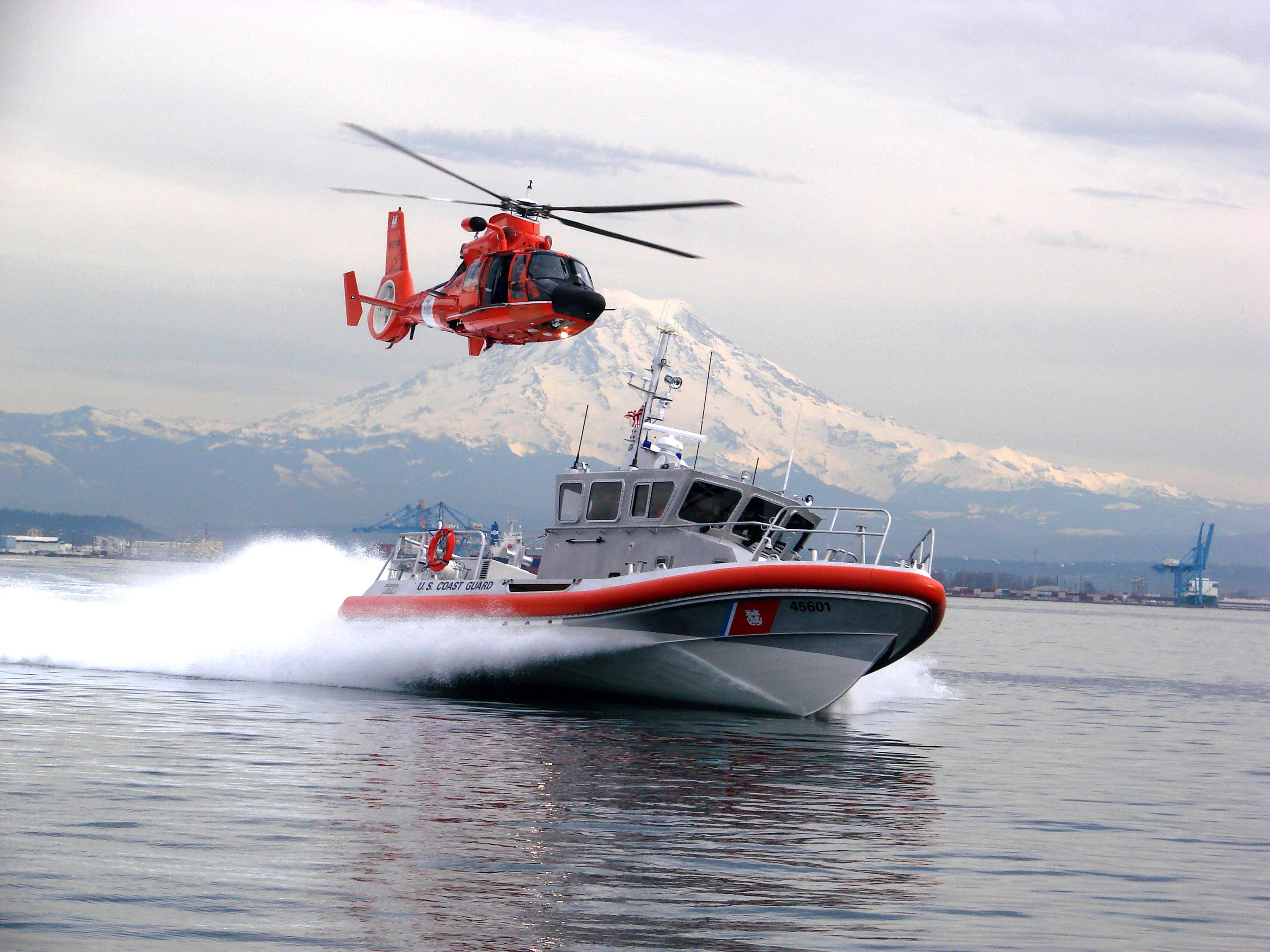 Uscg boat and chopper5